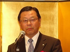 吉川正悟日紙商理事長(5%)h26.10.jpg